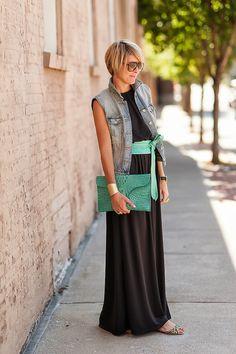 s e e r s u c k e r + s a d d l e s.   Great style!  I love her blog!!