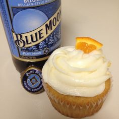 Blue Moon and Orange topping cupcakes. The perfect guy treat!