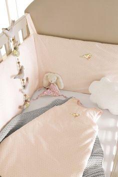 Tour de lit et gigoteuse oiseaux Liberty sur cyrillus.fr