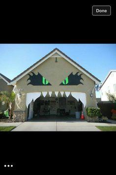 halloween garage monster decoration so creative