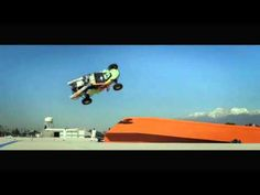 Hot Wheels team do record breaking giant corkscrew jump