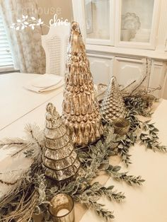A Glimpse of our Warm, Chic Christmas Decor Silver Christmas Decorations, Christmas Table Settings, Christmas Tablescapes, Christmas Centerpieces, Holiday Decor, Winter Christmas, Christmas Holidays, Christmas Crafts, Rustic Christmas