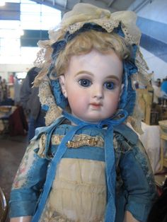 Doll show and Sac Flea Market 194 by pinkpomegranate, via Flickr