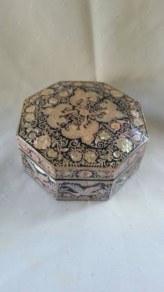 Vintage Mother of Pearl Lacquer Jewelry Box by LynnieMcGoogins
