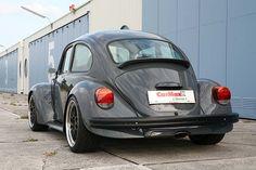 Volkswagen Beetle y Porsche Boxster, dos en uno por CarMaxx Beetle_Boxster_04