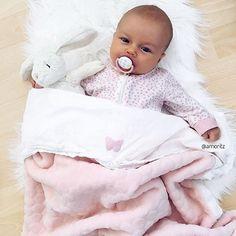 Cutie 💕 @amoritz ⠀⠀⠀⠀⠀⠀⠀⠀⠀⠀⠀⠀⠀ ⠀⠀⠀⠀ ⠀⠀⠀⠀⠀ ⠀⠀⠀⠀⠀⠀ ◌ ◌ ◌ ◌ ◌ ◌ ◌ #kidsofinstagram #cute #cutie #smile #baby #infant #beautiful #babiesofinstagram #beautifulbaby #instagram_kids #igbaby #cutebaby #babystyle #babyfashion #igbabies #kidsfashion #cutekidsclub #ig_kids #babies #child#babymodel #children #instakids #fashionkids #repost#love#babygirl