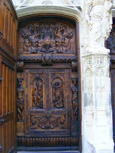 Avignon, France | The ornate door of the Eglise St. Pierre