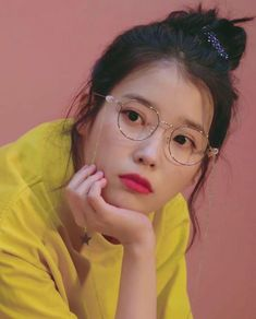 Find images and videos about lq, iu and lee jieun on We Heart It - the app to get lost in what you love. Kpop Girl Groups, Kpop Girls, Girl Day, My Girl, Korean Beauty, Asian Beauty, Korean Girl, Asian Girl, Iu Fashion