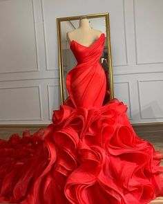 Red Wedding Gowns, Black Red Wedding, Red Gowns, Long Wedding Dresses, Red Wedding Shoes, African Prom Dresses, Prom Girl Dresses, Gala Dresses, Event Dresses