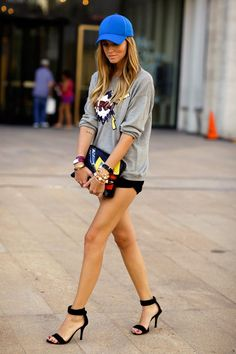 Chiara Ferragni of The Blonde Salad, Sports Luxe Street Style The Blonde Salad, Sport Chic, Sport Casual, Street Style Chic, New York Fashion Week Street Style, Lady Like, Athleisure Trend, Chic Outfits, Sport Outfits