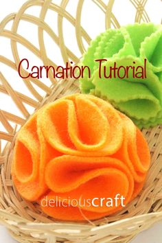 Visit: http://deliciouscraft.com/2014/10/carnation-tutorial/