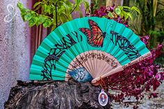 Abanico Artesanal. Mariposa Monarca, mint. Monarch Collection by Erika Zavala. Handmade, painting, pyrography, mexican design, art, handcraft, artisanal accessories.
