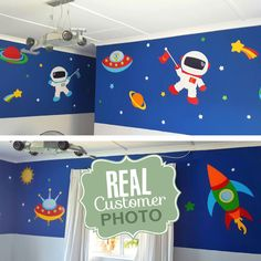 Our Outer Space Vinyl Wall Sticker has 2 astronauts, space ships, aliens and lots of planets and stars. Vinyl Wall Art, Wall Decals, Boys Wall Stickers, Alien Crafts, Monkey Nursery, Bubble Wall, Star Wallpaper, All Wall, Outer Space