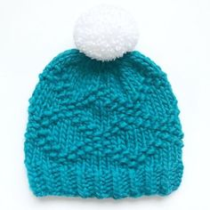 Etta bulky hat knitting project shared on the LoveKnitting community. Find this pattern and more inspiration on the LoveKnitting website!