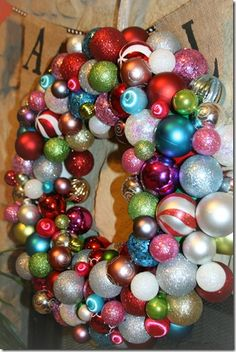 Top 10 Christmas Wreath Ideas - including this ornament wreath!  eclecticallyvintage.com