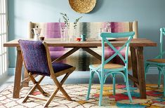 The Breakfast Nook: Relaxed Kitchen Furnishings Ah, the art of random selection that actually jives together. Upholstered Daybed, Love Home, Breakfast Nook, Bohemian Decor, Boho, Beautiful Interiors, Dining Chairs, Dining Rooms, Vintage Rugs