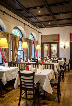 Das Braurestaurant IMLAUER bietet verschiedene größere und kleinere Stuben. Die Bürgerstube wurde erst kürzlich renoviert und eignet sich für private Feierlichkeiten ebenso wie für kleinere Firmenfeiern.