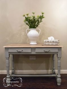 Oak Console/Desk. @anniesloanhome Paris Grey #chalkpaint. Old White was used in the grain on the top to create a limed oak effect | by Pomponette | Leicester | SOLD