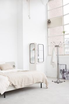 loof bedroom space |