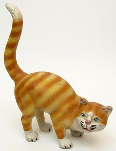 Large Cast Iron Cat Door Stop Yellow Tabby - your door won't move very easy with this large cast iron cat sitting in front of it! Cats Cast, Cat Statue, Orange Tabby Cats, Cat Mouse, Cat Sitting, Door Stop, Oeuvre D'art, Cast Iron, Yellow
