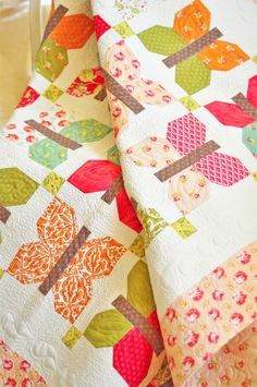 Butterflies! I think this quilt is absolutely beautiful.