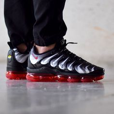 san francisco 1530f 1c14b Nike Air VaporMax Plus Red Shark Tooth