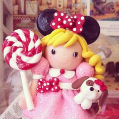 """""""She looks Minnie Mouse, she has a pink dress, she looks like a person and I don't know if she's made out of play-doh."""""""