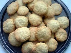 Para hoy unas estupendas tortitas de anís.         Ingredientes  100 grs. de aceite de oliva  250 grs. de mantequilla  100 grs. de azú...