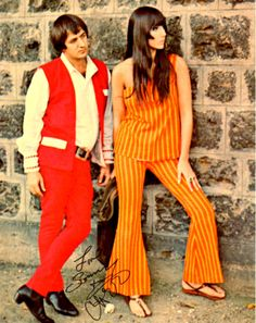 Net Image: Sonny & Cher: Photo ID: . Picture of Sonny & Cher - Latest Sonny & Cher Photo. 60 Fashion, Fashion Models, Vintage Fashion, Celebrity Outfits, Celebrity Style, Cher Photos, Portraits, Inspirational Celebrities, Glamour