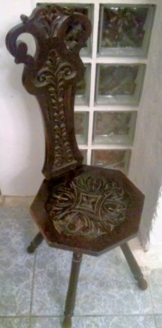 Antique Spinning Wheel Stool, beautiful wood carvings.