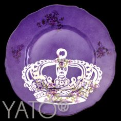 Customized Vintage Porcelain by Béa Corteel  Collection CROWN