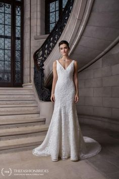 Wedding Gown Guide: Mermaid Rigid Construction – The FashionBrides Fit And Flare Wedding Dress, Flare Dress, One Shoulder Wedding Dress, Mermaid Gown, Bridal Collection, Bridal Style, Wedding Gowns, Construction, Building