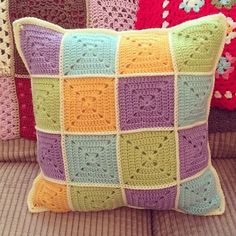 I made a cushion exactly like this . same colors and design. I gave it to my mom who was very short. Every time we went out to eat the cushion went with us so she could sit on it to get up closer to the tables! love these colours Crochet Cushion Cover, Crochet Pillow Pattern, Crochet Cushions, Granny Square Crochet Pattern, Crochet Squares, Crochet Granny, Crochet Motif, Crochet Patterns, Pillow Patterns
