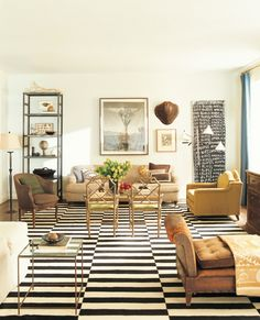 Furniture layout: space in corner 23008-4