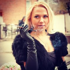 incredible sexy women with holder. Fume Cigarette, Cigarette Holder, Smoking Ladies, Girl Smoking, Women Smoking Cigarettes, Leather Catsuit, Gloves Fashion, Women's Fashion, Long Gloves