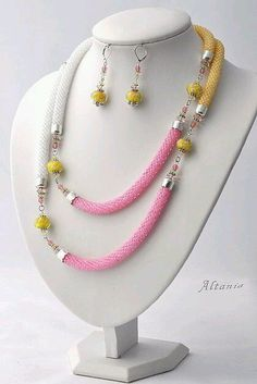 Simple and beautiful use of Kumihimo strands Rope Jewelry, Jewelry Sets, Diy Jewelry, Beaded Jewelry, Jewelry Necklaces, Handmade Jewelry, Beaded Necklace, Jewelry Design, Jewelry Making