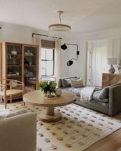 Boho Living Room, Home And Living, Living Room Decor, Living Spaces, Living Rooms, Small Living, Living Room Inspiration, Home Decor Inspiration, Home Interior Design
