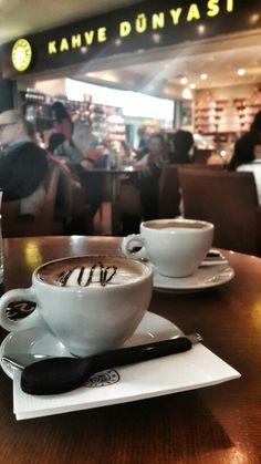 Fake Instagram, Story Instagram, Tea And Books, Aesthetic Coffee, Snap Food, Indian Street Food, Winter Drinks, Food Snapchat, Comfort Food