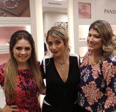Laura B., Luiza Possi e Fernanda Waibel na inauguração da joalheria Pandora no JundiaíShopping