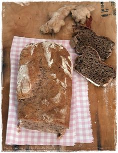 Ginger and cocoa bread.... Looks delicious!