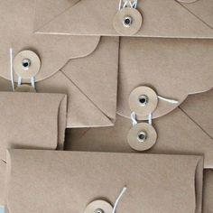 MR Vintage Edge Kraft Envelopes