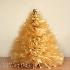 Tutorial: Gathered tulle mini Christmas tree | Sewing | CraftGossip.com