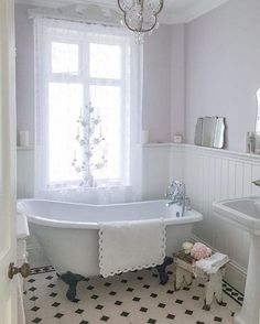 Gorgeous rustic bathroom design. www.steamshowersinc.com