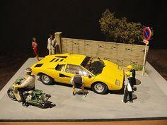 """「カウンタックが町にやってきた」  From """"Hamamatsu Diorama Factory""""...Hamamatsu, JAPAN  www.hamamatsu-diorama.com"""