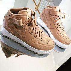Sneakers Femme - Nike Air Force 1 Vachetta Tan