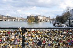 Paris, Pont des Arts  By Alain Chantelat