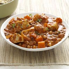 West African Chicken Stew Recipe - In this hearty recipe, the combination of native African ingredients, all readily accessible to Americans, transports you to a new culinary place. African Chicken Stew Recipe, Stew Chicken Recipe, Chicken Recipes, Chicken Casserole, Chicken Soup, Soup Recipes, Cooking Recipes, Healthy Recipes, Pea Recipes