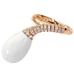 Chantecler of Capri White Agate and Diamond Ring