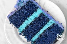 White velvet cake gets it's flavor from buttermilk and a touch of vinegar. A moist, tender cake that is great for any special occasion. Buttermilk Cake Recipe, Buttermilk Pancakes, Black Velvet Cakes, Blue Velvet, Cake Structure, Ermine Frosting, Blue Food Coloring, Wie Macht Man, Blue Cakes