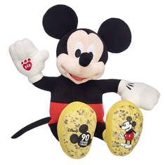 One of the many things Mickey's anniversary brought us, was more Disney magic at Build-A-Bear Workshop! This month you can Build A Mickey Mouse plush to ce Disney Day, Disney Love, Disney Gift, Disney Crafts, Disney Stuff, Mickey Mouse Works, Minnie Mouse, Disney Micky Maus, Giant Stuffed Animals